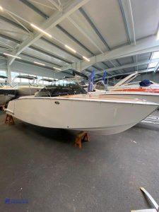 VTS Flying Shark 5.7 Bowrider